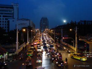 Bangkok night traffic