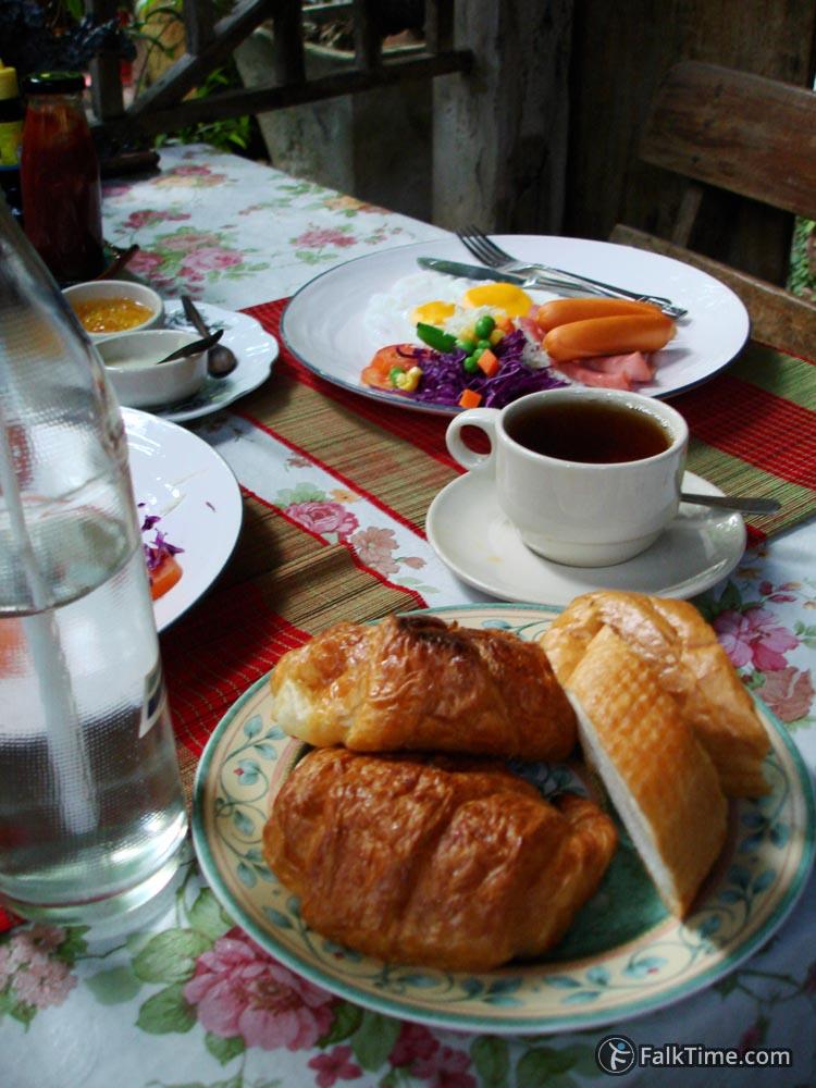 Breakfast for Europeans in Thailand