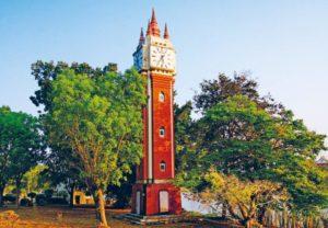 Clock tower in wat Yan