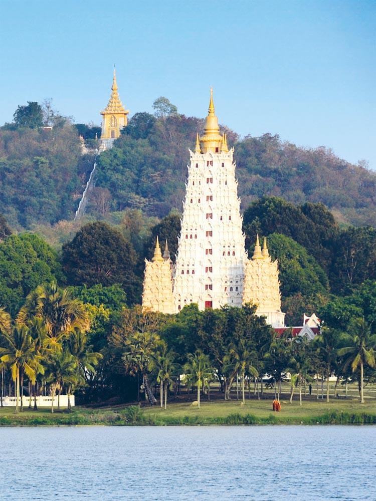 Mondop and replica of Bodh Gaya temple