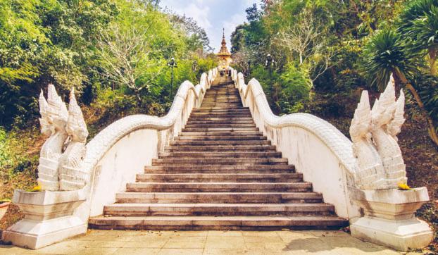 Staircase to mondop