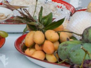 Bunch of plum mangoes
