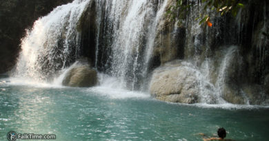 2d level of Erawan waterfall